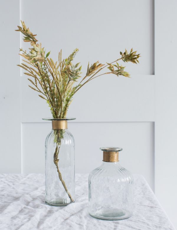 Chara Hammered Glass Clear Bottle