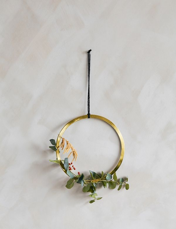 Gold & Black Hanging Ring Decoration