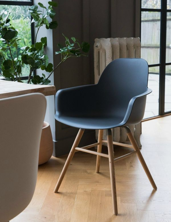 Kuip Dining Chair with Arms - Grey