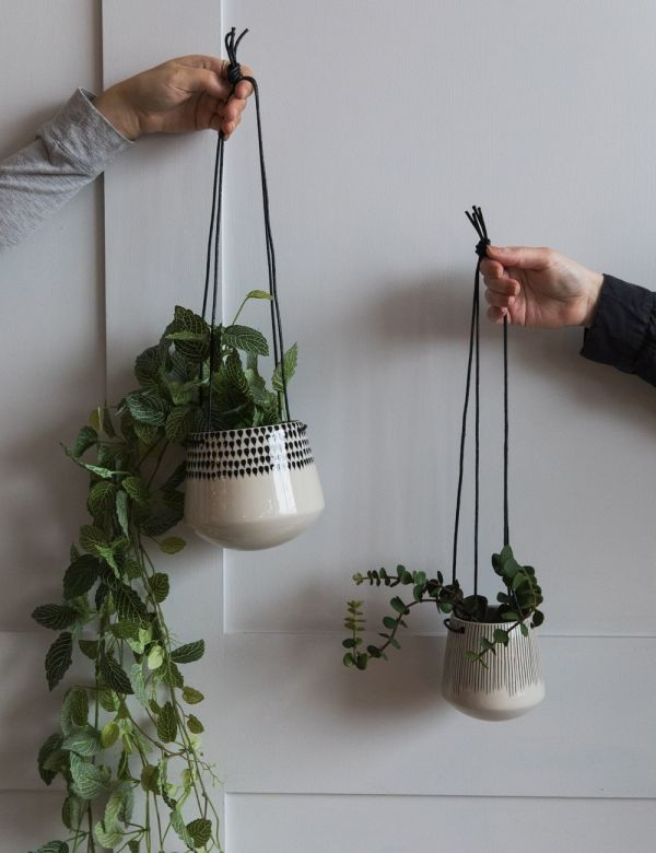 Matamba Hanging Ceramic Planter