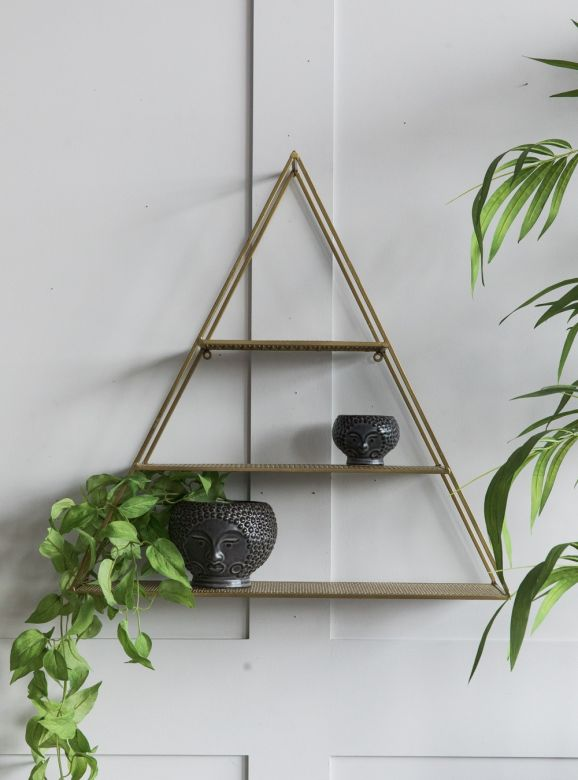 Triangle Brass Wire Mesh Shelf
