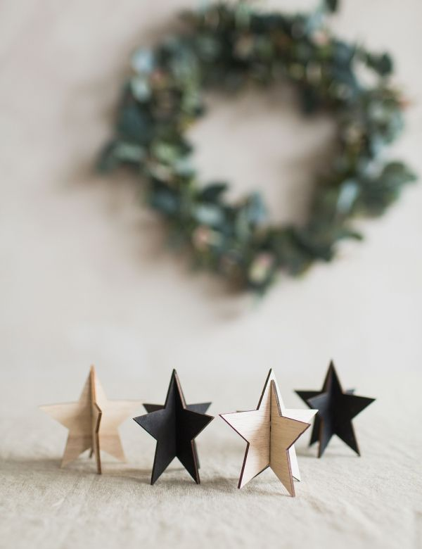 Wooden Standing Star - Black