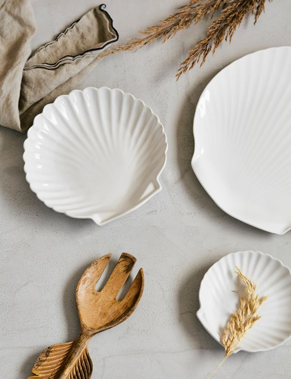 Small White Ceramic Shell Plate
