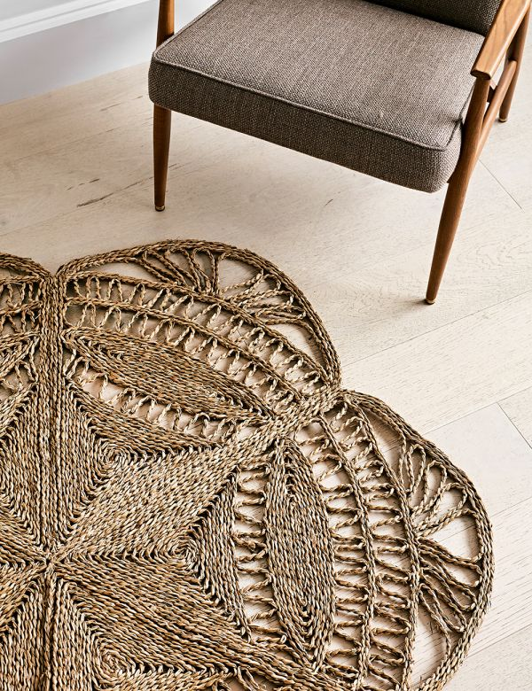 Handbraided Seagrass Petal Rug