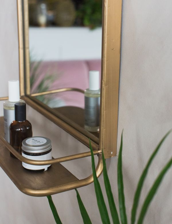 Hildia Gold Mirror With Shelf
