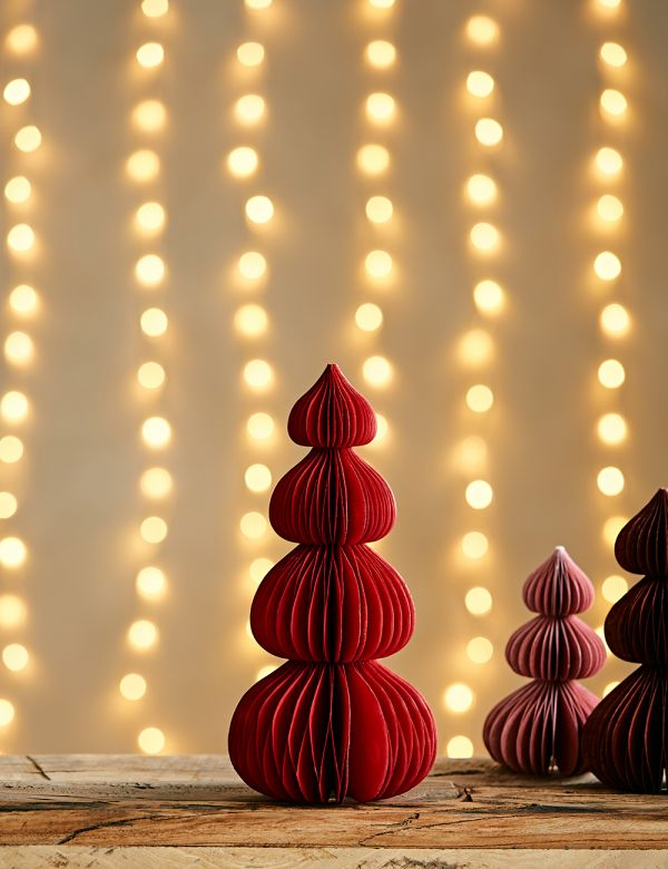 Large Ruby Paper Christmas Tree