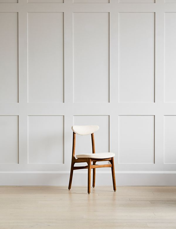 Mid-Century 200-190 Dining Chair - in Coco Boucle Creme