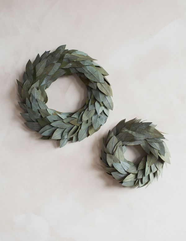 Natural Dried Leaves Christmas Wreath - Two Sizes Available