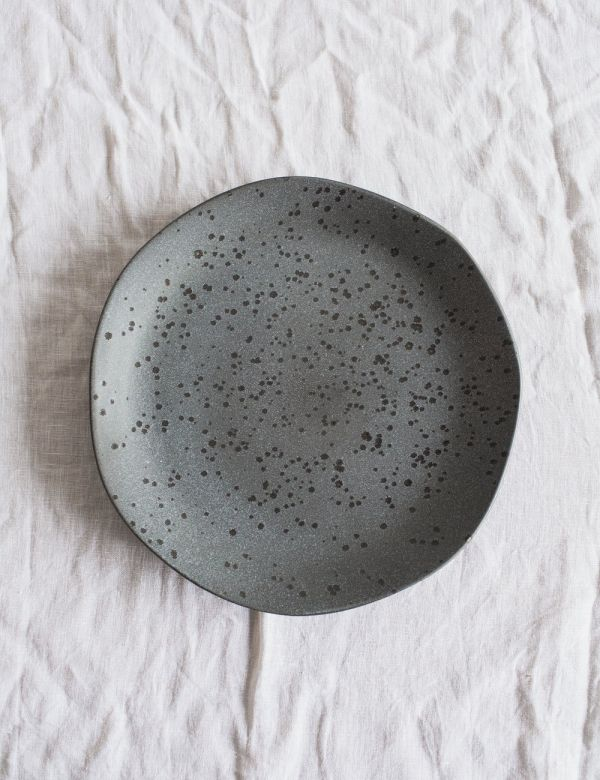 Organic Ceramic Dinner Plate - Dark Grey