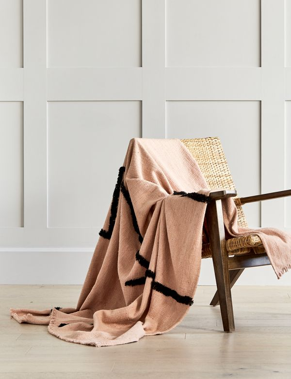 Tufted Pink and Black Woven Throw