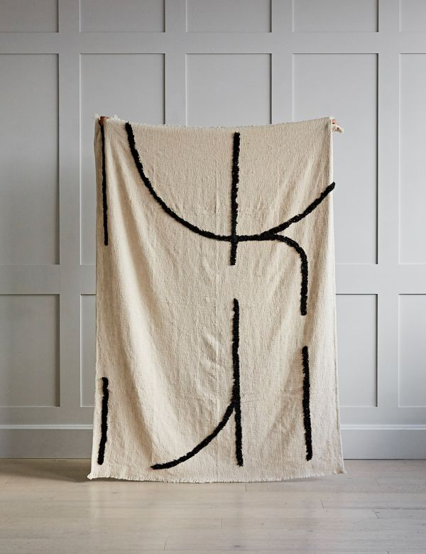 Tufted White and Black Woven Throw